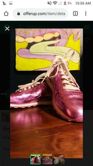 Reebok shoes size 8 1/2 for Sale in Waxahachie, TX