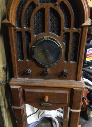 Old radio for Sale in Bedford Park, IL