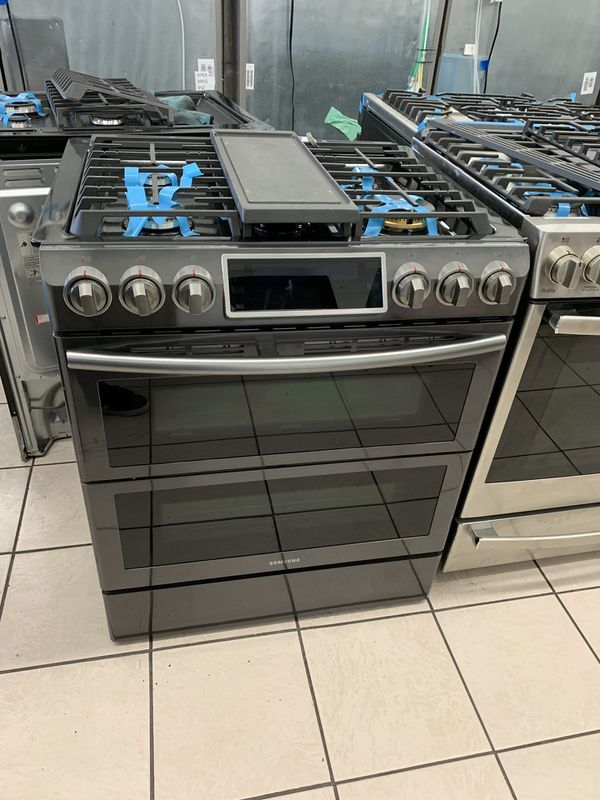Samsung Double Oven Slide-in Gas Stove