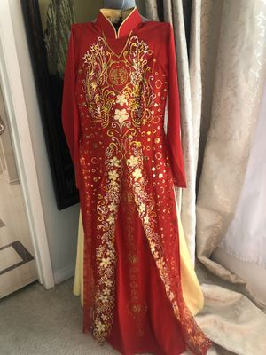 Vietnamese Chinese Tet lunar New Years Ao Dai glitter Costume Red Gold Dress wedding small for Sale in Tustin, CA