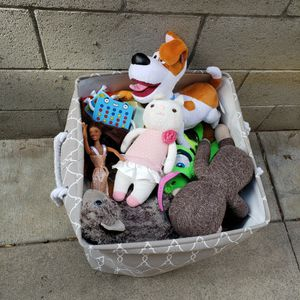 Huge Bag Of Toys Reseda 91335 Free Free Free for Sale in Los Angeles, CA