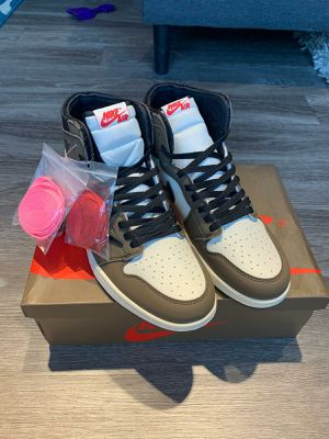 Air Jordan 1 Travis Scott for Sale in Lynn, MA
