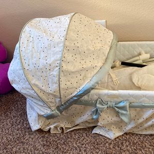 Bassinet (brown, White, And Satin Light Green) for Sale in Las Vegas, NV