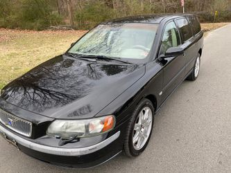 2004 VOLVO V70 for Sale in Sandston,  VA