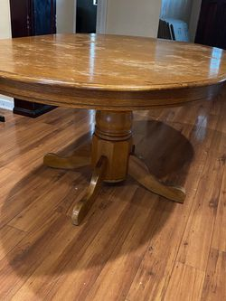 Dining Room Table for Sale in Los Angeles,  CA