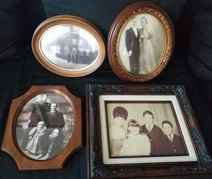 VINTAGE frames... perfect for old family photos for Sale in Los Alamitos, CA