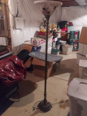 Floor lamp for Sale in Lumberton, NJ