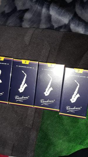 4 pack Vandoren alto saxophone reeds for Sale in Las Vegas, NV