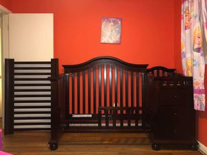 4-in-1 Convertible Crib for Sale in Rockville, MD