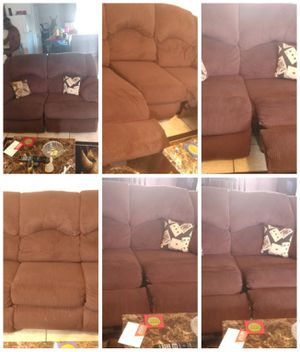 A two piece sofa set that reclines on all ends for Sale in Lake Wales, FL