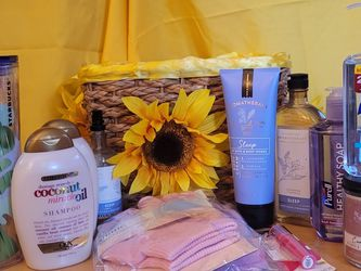 Bath And Body Basket for Sale in Philadelphia, PA