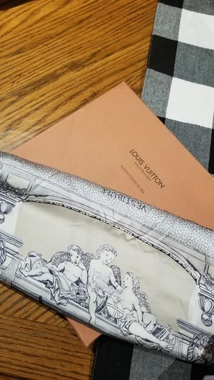 Louis Vuitton original 100% silk scarf for Sale in Levittown, NY
