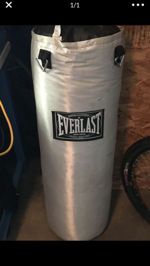 Heavy bag and stand with speed bag mount for Sale in Longmont, CO