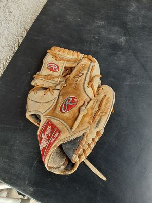 Rawlings Gold Glove for Sale in Walnut, CA