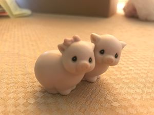 Precious Moments Two by Two Pigs for Sale in Chandler, AZ