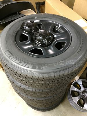 245/75r17 2019 Jeep Wrangler unlimited wheels for Sale in East Providence, RI