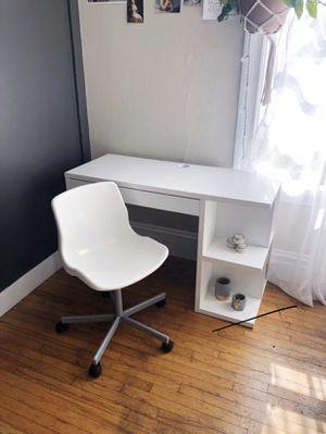 IKEA WHITE DESK for Sale in Fremont, CA