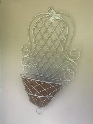 Hanging wall plant holder. $15 for Sale in Deerfield Beach, FL