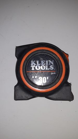 Klein tools tape measure 30' for Sale in Dallas, TX