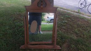 Antique Dresser top mirror for Sale in Grove City, OH