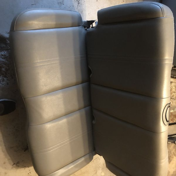 2005 Jeep Wrangler TJ rear Seat And Free Rear Carpet