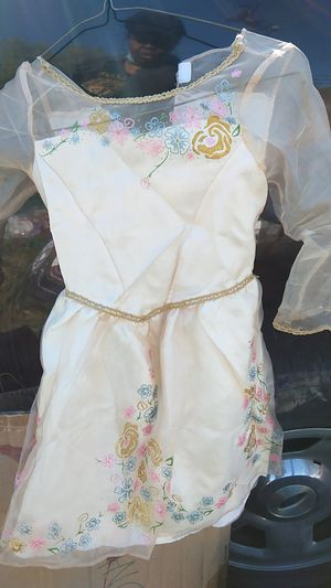 Girls three or fourty party dress sheer overlay flowers cream color for Sale in Takoma Park, MD