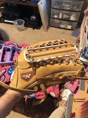 Baseball softball gloves for Sale in Las Vegas, NV
