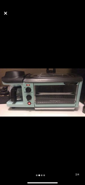 Nostalgia 3 in 1 oven, griddle, coffee maker. for Sale in Fort Wayne, IN