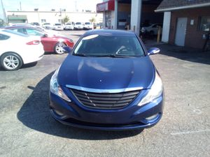 2011 Hyundai Sonata Limited with sunroof navigation system back up camera for Sale in Dearborn, MI