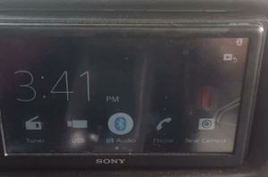 Sony XAV-AX100 for Sale in Georgetown, KY