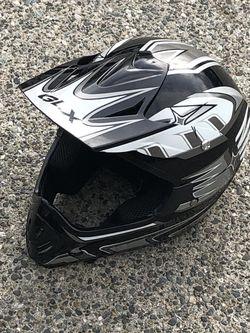 dot Dirt bike helmet size L for Sale in Mountlake Terrace,  WA