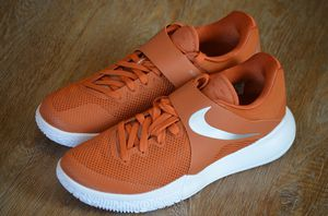 NEW! Nike Zoom Live Texas Longhorns Burnt Orange Shoes Sz 9.5 for Sale in Hurst, TX