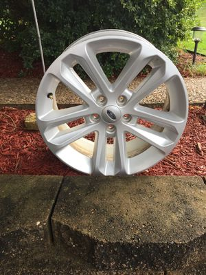 2013 Ford Explorer rim for Sale in South Park Township, PA