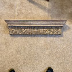 Beautiful, Gold Painted Wall Shelf for Sale in Alexandria,  VA