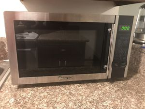Magic chef microwave for Sale in Culver City, CA