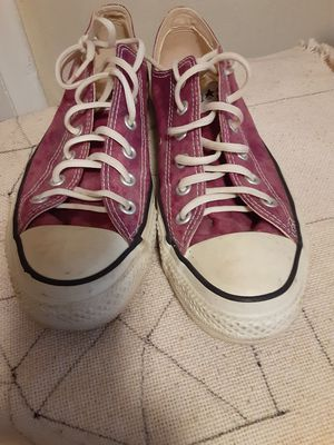 Converse All Stars Purple Low Tops Unisex for Sale in Milford, MI