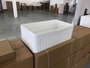 """30"""" farmhouse kitchen sinks brand new FIRECLAY DEAL for Sale in Federal Way, WA"""