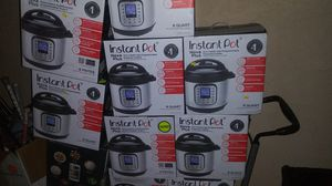 Instant pot 6 quarts new $39 for Sale in Los Angeles, CA