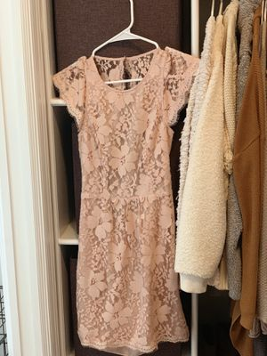 BCBGeneration blush lace dress size 0 for Sale in Tampa, FL
