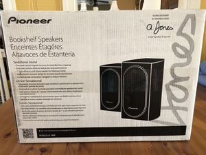 Pioneer SP-BS22-LR Andrew Jones Home Audio Bookshelf Loud Speakers set of two in unopened box for Sale in St. Petersburg, FL