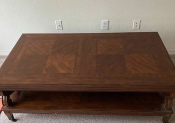 Wooden Coffee Table with Shelf Underneath and Wheels for Sale in Tampa,  FL