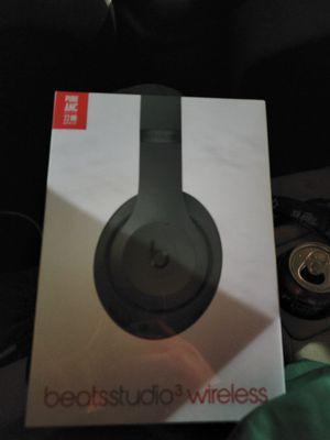 Beats By Dre Studio 3 Wireless Headphones for Sale in Minneapolis, MN