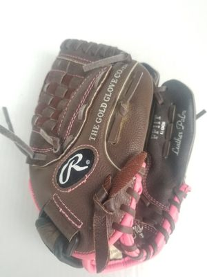 Rawlings softball glove fp11T 11inch normal wear and tear color Brown and pink for Sale in Columbus, OH