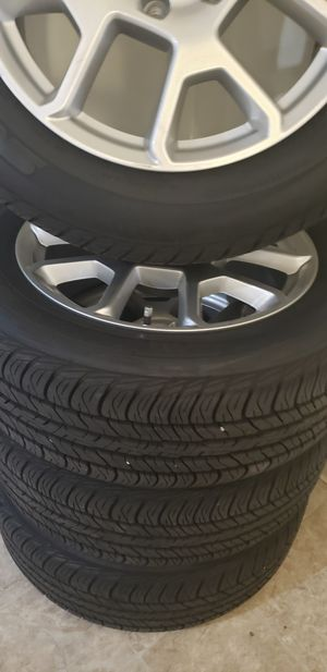 "2020 jeep renegade rims 17"" for Sale in Lowell, MA"
