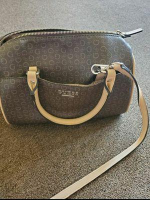 Guess purse for Sale in Santa Ana, CA