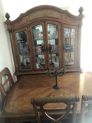 Wood Hutch and Table Set for Sale in Huntington Beach, CA
