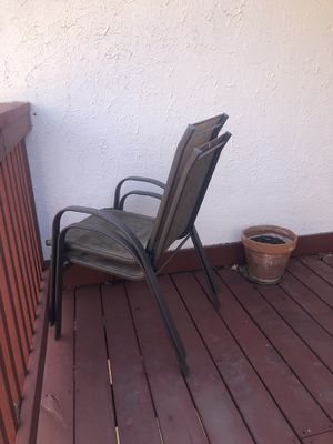 Old patio chairs free for Sale in Maryville, IL