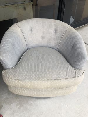 Free chairs ADDRESS IS IN DESCRIPTION for Sale in Sunrise, FL