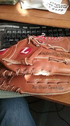 Louisville slugger baseball mitt Oral Hershiser, HBG24H, like new for Sale in Las Vegas, NV
