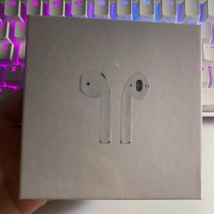 Authentic Apple Airpod Second Generation Bluetooth Earbuds for Sale in Los Angeles, CA